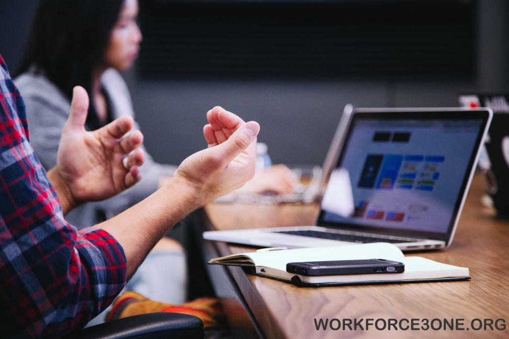 Teknologi serta SDM Jadi Kunci dalam Meningkatkan Bidang usaha Jasa